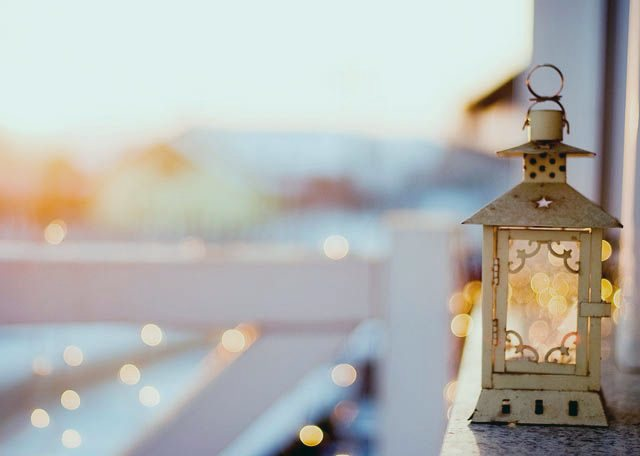Лампа - один из излюбленных атрибутов людей из мусульманских стран